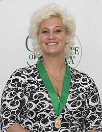Anne Burrell '96 eliminates the intimidation of restaurant dishes and reveals concise, easy-to-master techniques for the at-home cook on her Food Network series, Secrets of a Restaurant Chef.