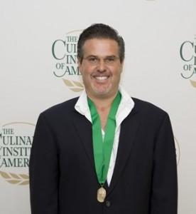ichard Sandoval '91, Owner of Moder Mexican Restaurants