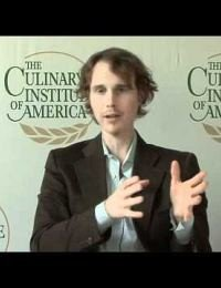 An Interview with CIA Graduate Grant Achatz '94