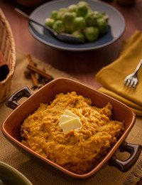 Gingerbread Spiced Sweet Potato-Plantain Mash