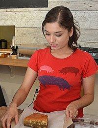 Chef Carolina Gomez-Story '11–Taking Care of Business