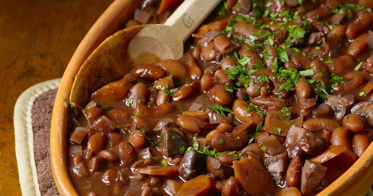 Beans Bourguignon recipe og image