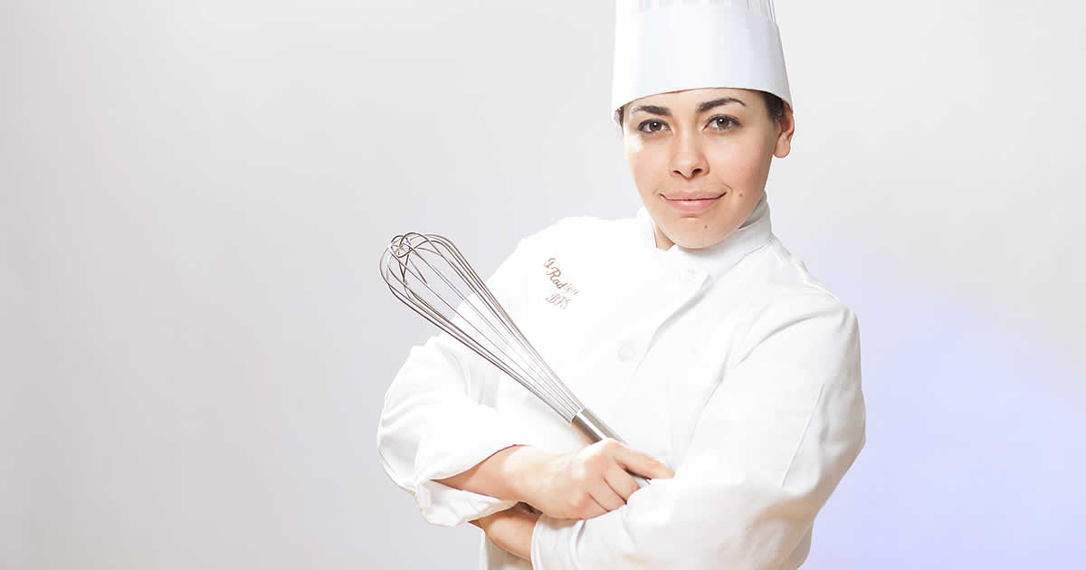 Photo of CIA baking and pastry transfer student, Becky Rodriguez