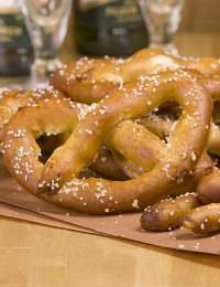 Soft Pretzel Recipe & Technique