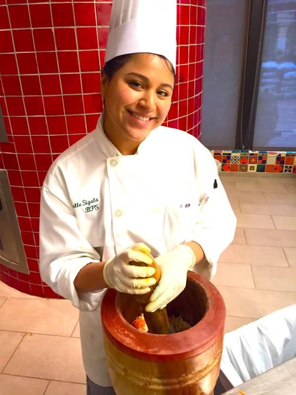 making dough-Latina-eats-3-04