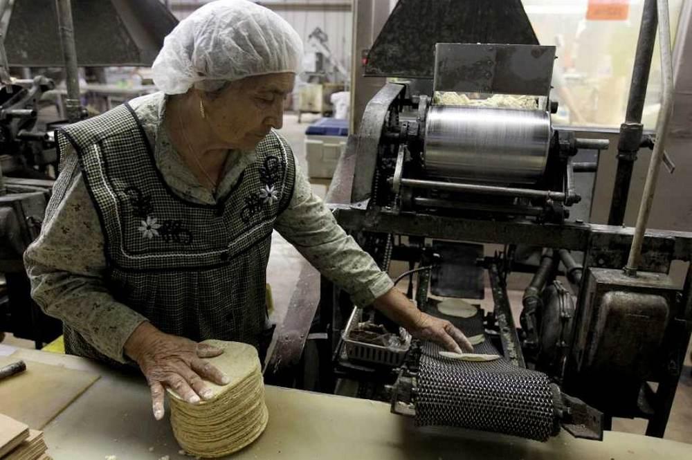 tortilla-maker