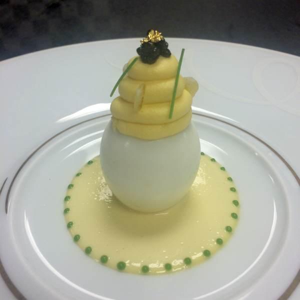 tour-de-stage-robuchon-deviled-egg