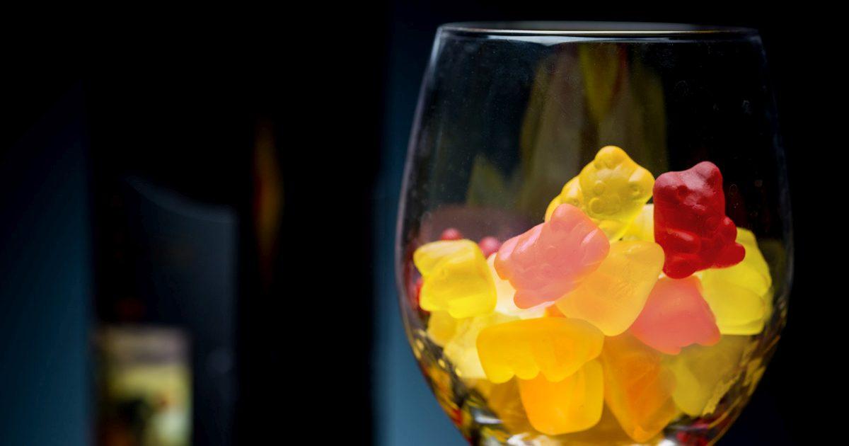 wine-gummy-bear-2-og