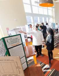 """Students """"Science It Up"""" at the CIA with Final Projects"""