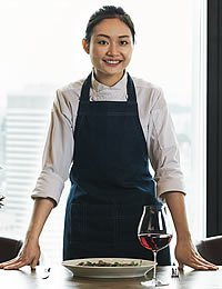 Headshot photo of Singapore CIA alumna Josephine Loke