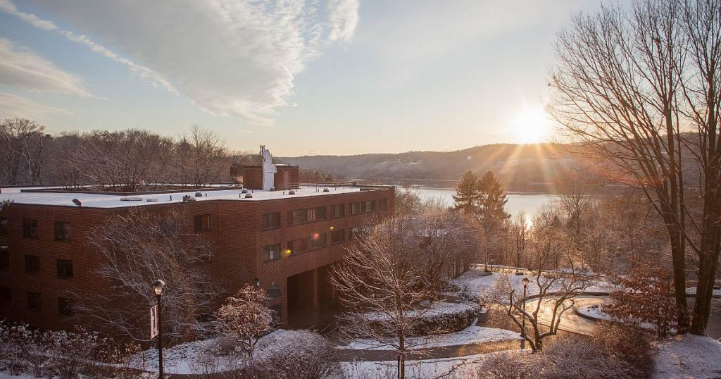 5 Things to Do Around the Hudson Valley this Winter og image