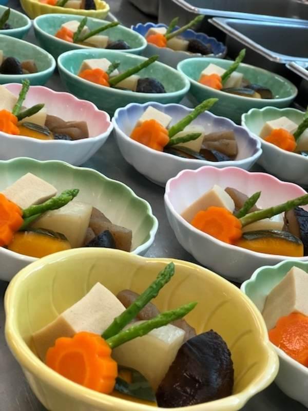 asian-cuisine-bento nimono image