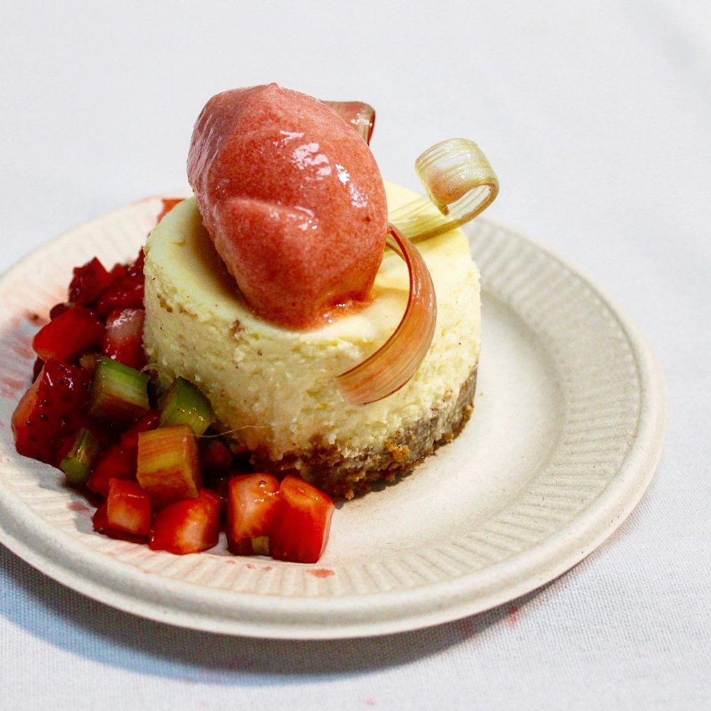 Cheesecake with rhubarb and strawberry sorbet