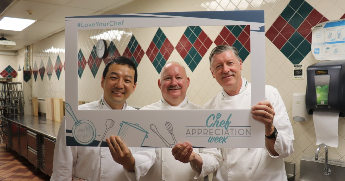 CIA Students and Grads ❤️ Their Chef-Instructors!